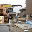 上棟に向けて2 木材搬入~土台敷込