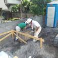 基礎型枠解体及びカーポート基礎コンクリート打設